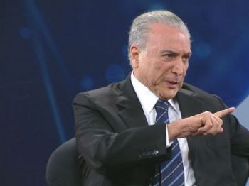 O presidente Michel Temer (PMDB) afirmou que não irá pedir o afastamento de ministros com base nas delações de executivos da Odebrecht, - Foto: Reprodução/Band