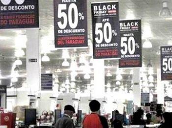 Lojas oferecem os mais variados descontos para atrair clientes - Foto: Divulgação