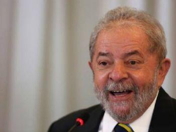 Lula lidera pesquisa
