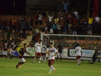 Águia Negra marcou o gol da vitória no último lance do jogo - Foto: Noé Faria