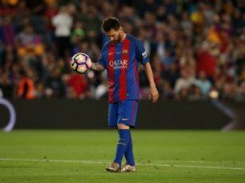 Messi e seu pai têm sérios problemas com o fisco espanhol - Foto: Reprodução