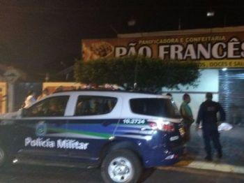 Homem morreu na noite desta sexta-feira - Fotos: Osvaldo Duarte
