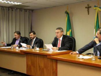 Deputados que integram a CPI da JBS apuram irregularidades em acordos firmados pelo governo - Foto: Wagner Guimarães/ALMS
