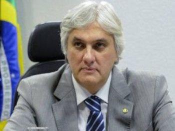 Delcídio do Amaral, preso na Operação Lava Jato, acusado de atrapalhar investigações - Foto: Agência Senado