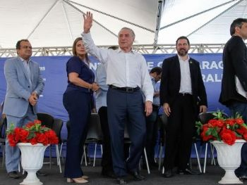 Cerimônia de assinatura da Ordem de Serviço de construção da ponte rodoviária sobre o Rio Araguaia Beto Barata/PR