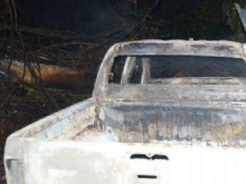 Carro onde vítima foi encontrada - Foto: O Pantaneiro