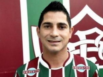 Meia Danilinho nasceu em Ponta Porã e hoje defende o Fluminense - Foto: Divulgação/Fluminense