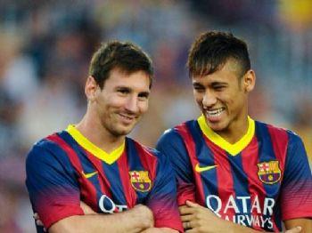 Neymar aparece agora à frente de Messi em lista dos jogadores mais caros do mundo - Foto: Reprodução/Internet