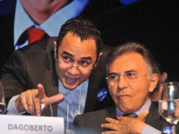 Odilon de Oliveira e o filho dele, Odilon Jr, atualmente vereador em Campo Grande - Foto: Valdenir Rezende/Correio do Estado