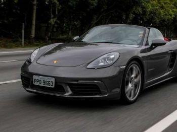 Uma senhora belga de 79 anos foi multada por dirigir um Porsche Boxster GTS a 240 km/h. Foto: Rafael Arbex / Estadão