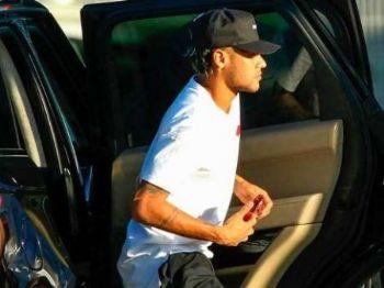 Neymar passou por exames médicos em Portugal para acertar com PSG Foto: Getty