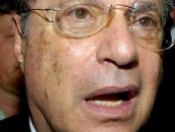 Maluf é acusado de receber propina de contratos públicos com empreiteiras no período em que foi prefeito de São Paulo, de 1993 a 1996 Arquivo/Agência Brasil