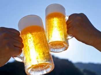 Cerveja: número de mortes por câncer no Brasil aumentou 31% nos últimos 15 anos (kazoka30/Thinkstock)